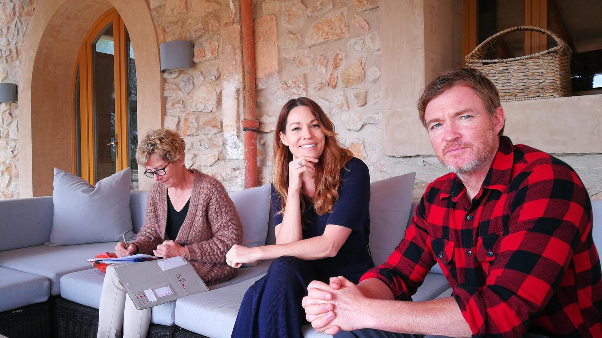 Solysia solar pannels Mallorca Ulla interviewing Johnny and Rayne min