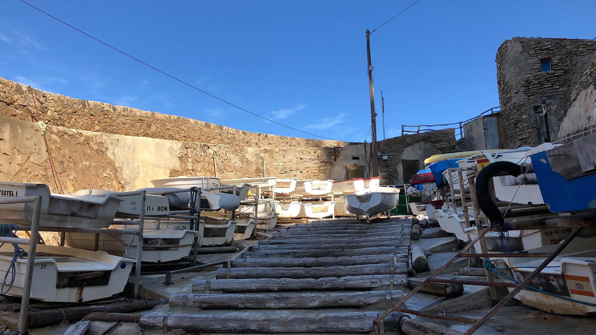 Banyalbufar Cala Boats photo Adele Chretien min