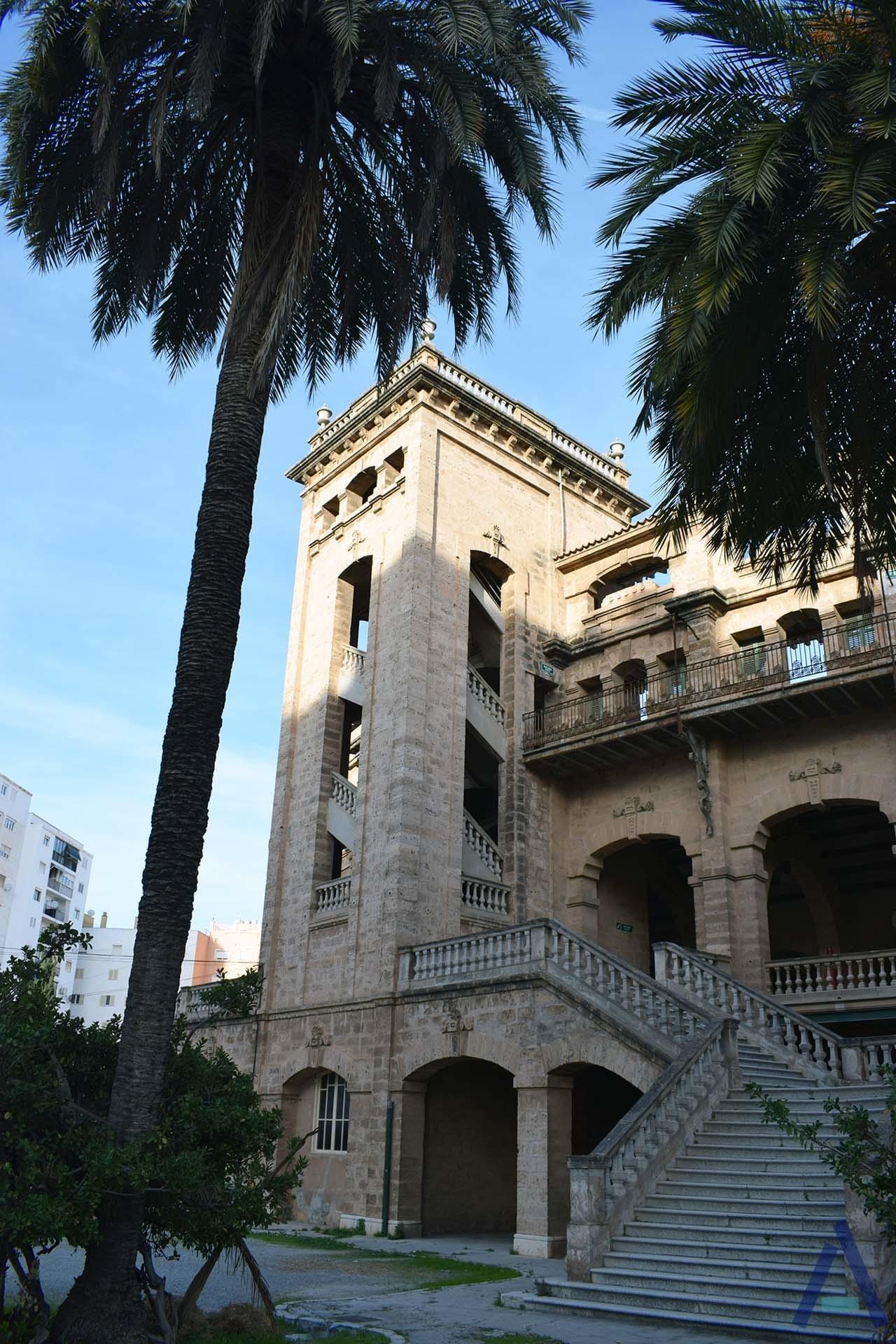 Plaza De Toros West Wing Tower