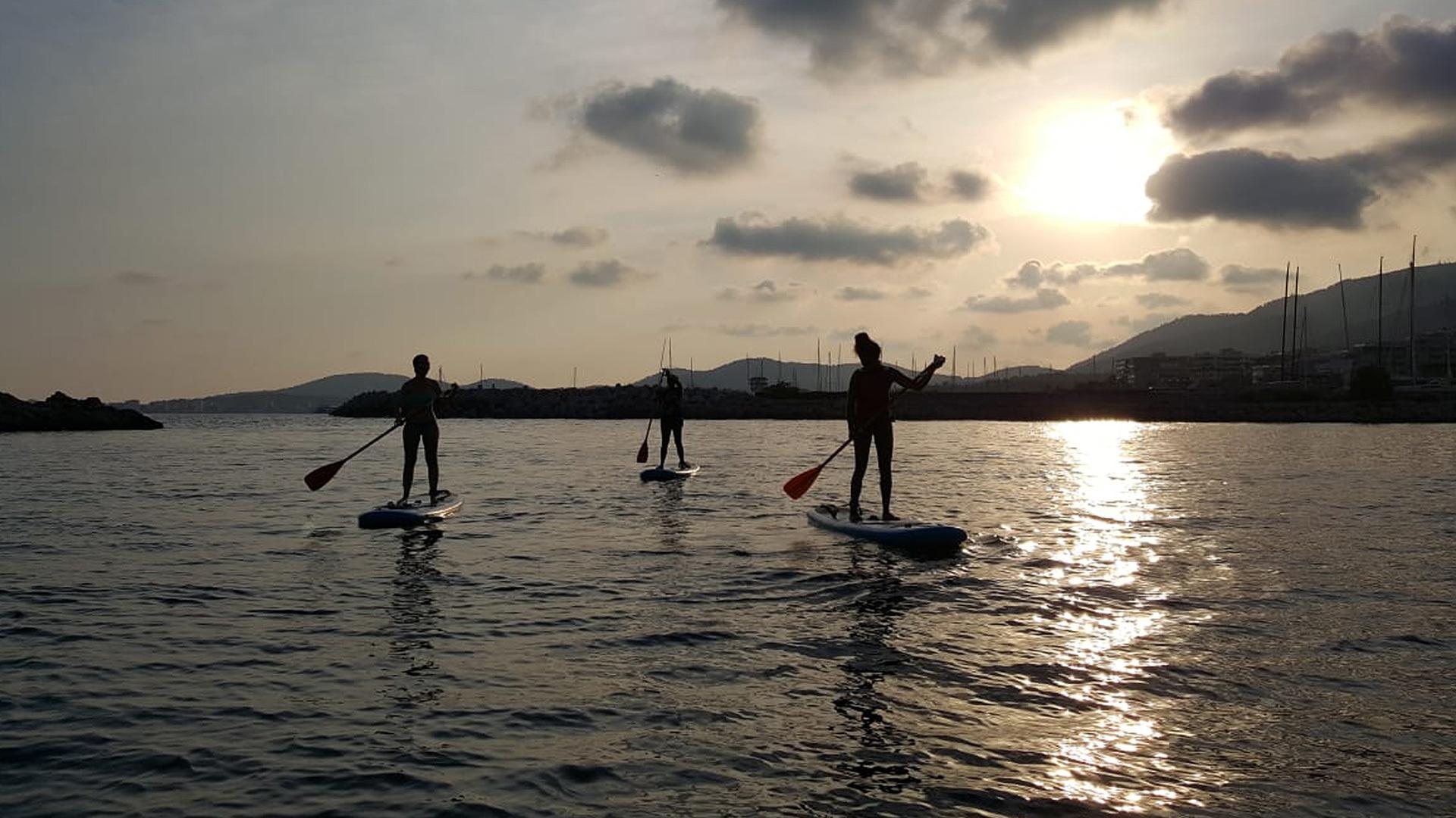 Paddle boarding Mallorca Adele 2