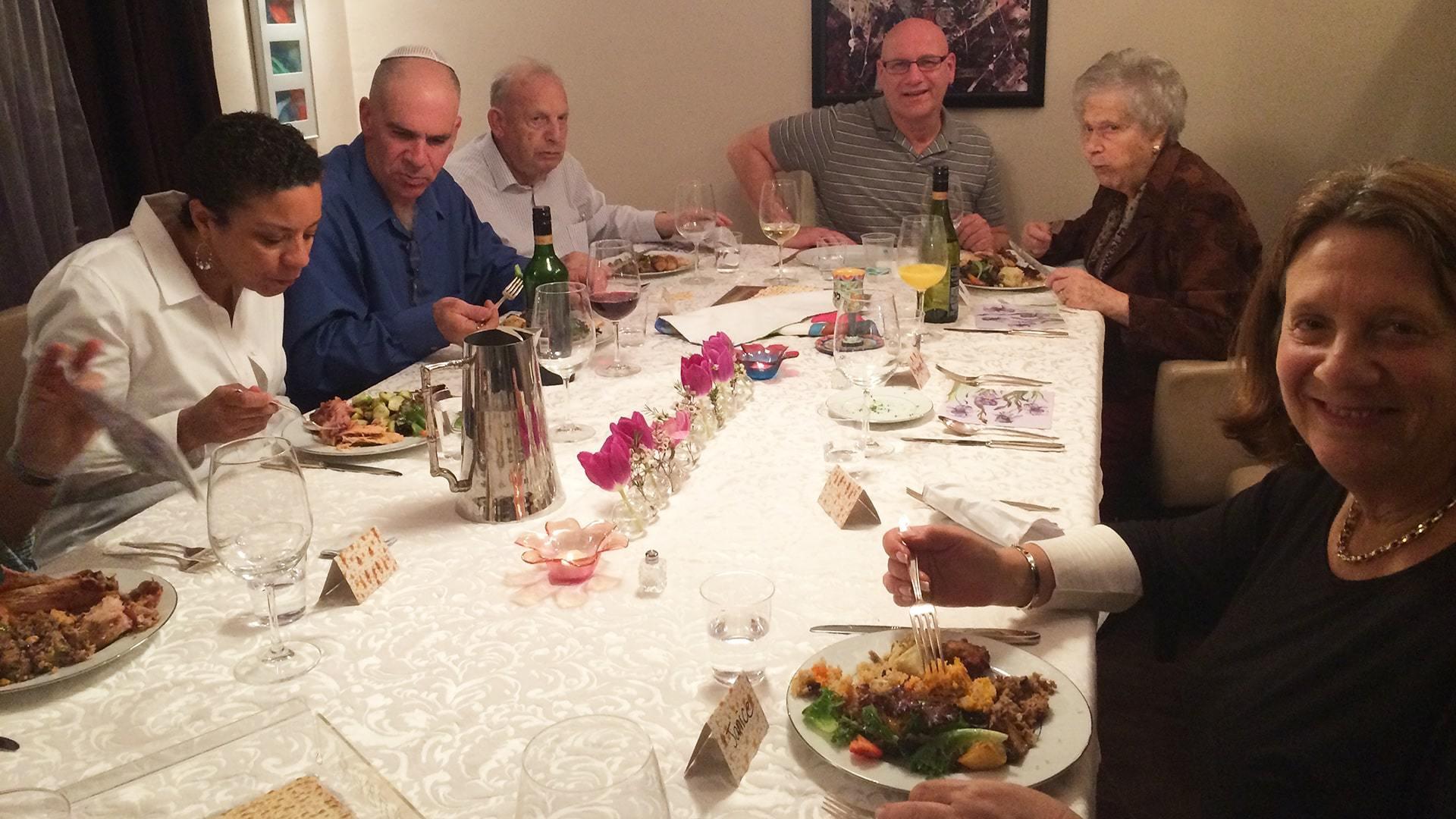 Passover Jewish celebration with family min