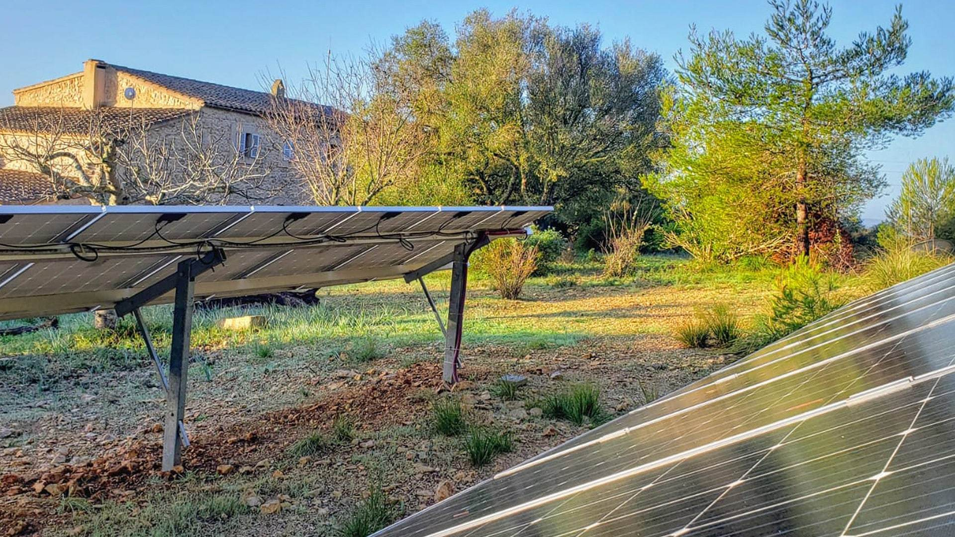 Solysia solar pannels Mallorca finca Felanitx min
