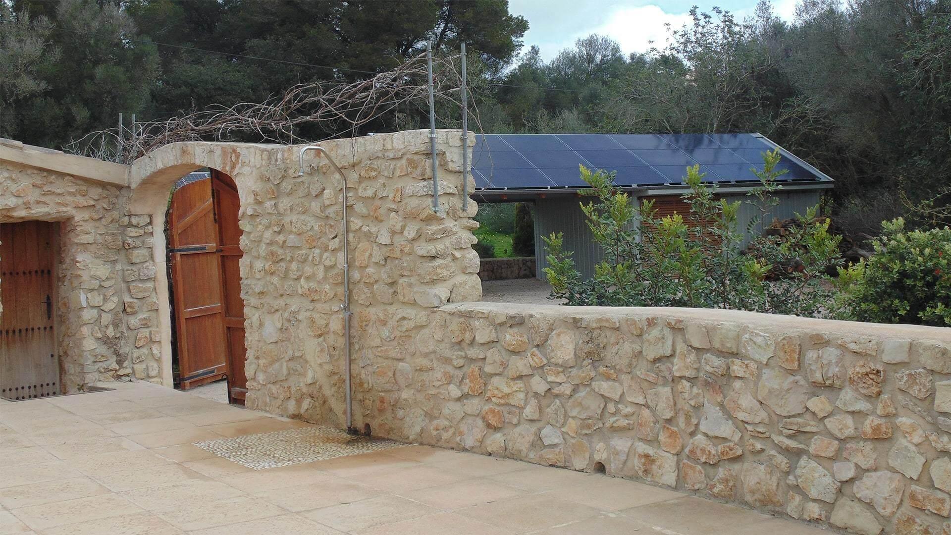 Solysia solar pannels Mallorca house min