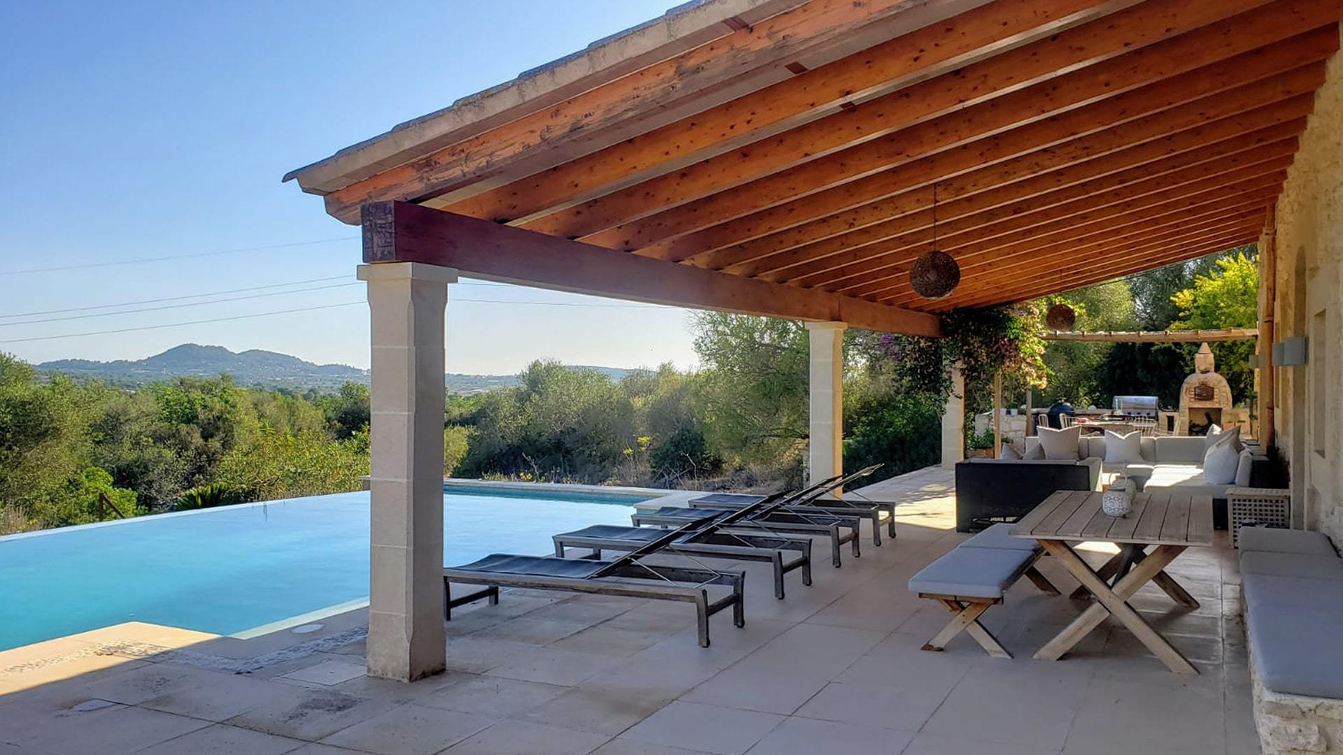 Solysia solar pannels Mallorca pool terrase and mountian view min