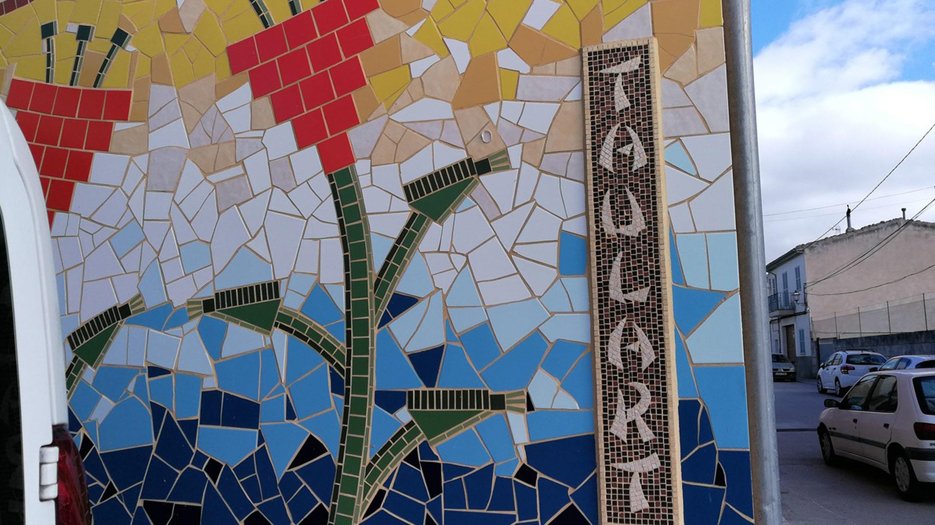 Taulart mosaic Montuiri by Holly Veneman min