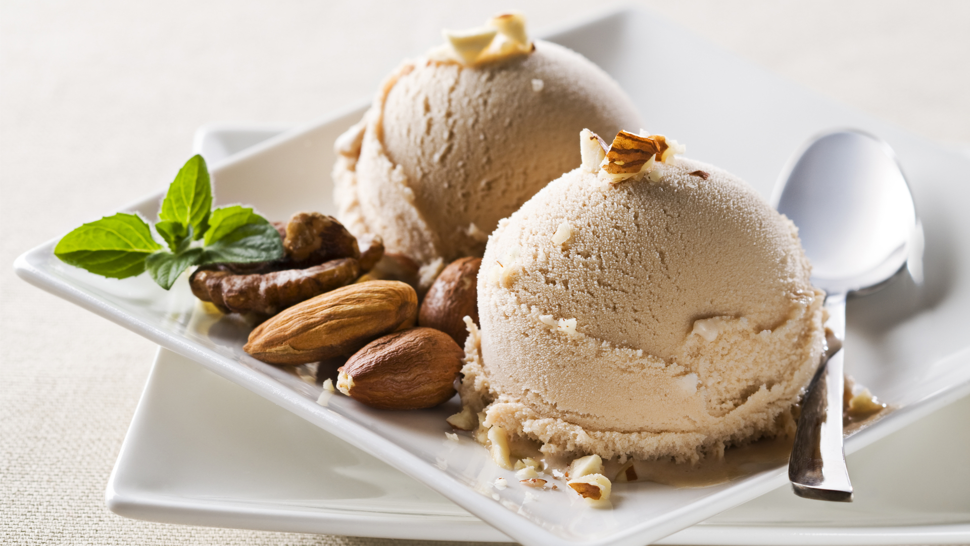 Almond ice cream restaurant