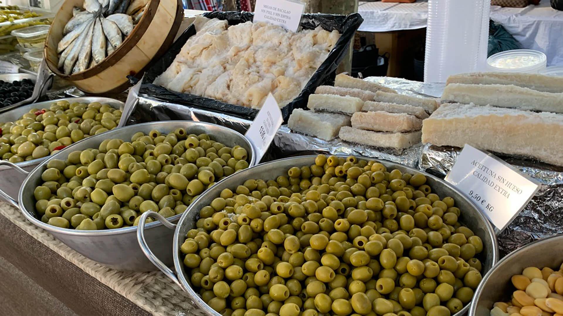 Green olives market mallorca
