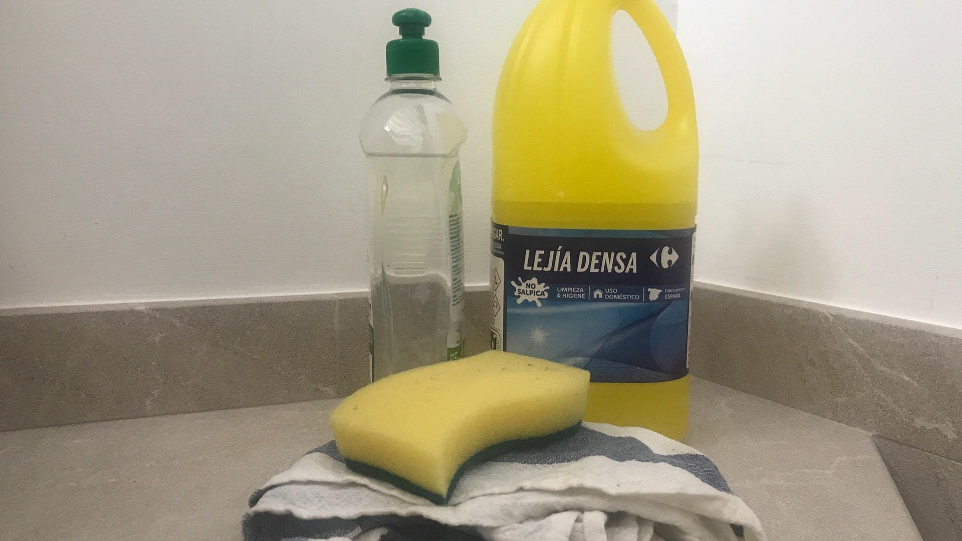 Products to clean mould min